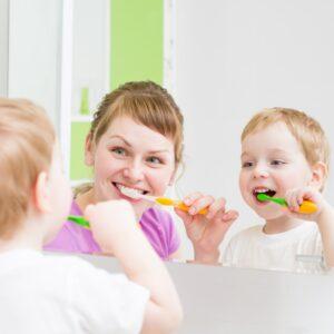 7 tiêu chí lựa chọn và TOP 13 kem đánh răng cho trẻ được ưa chuộng nhất năm 2021